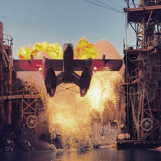 Waterworld Stunt Show ️